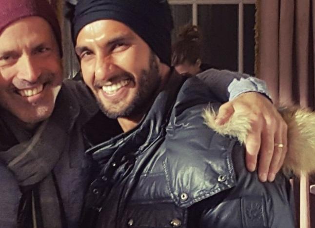 'वेलेंनटाइन डे' पर रणवीर सिंह क्यों गए टोरांटो ?