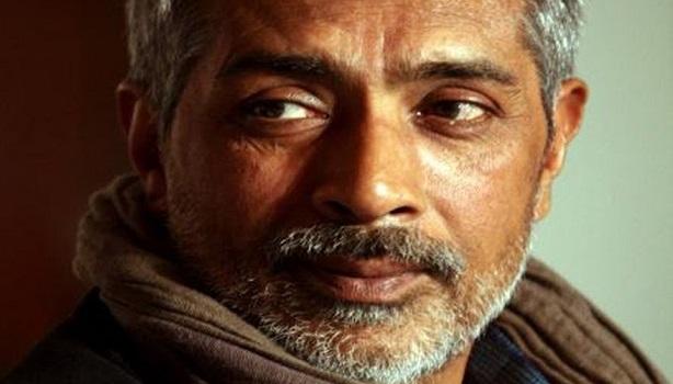 KRK Exposed! अजय देवगन के समर्थन में उतरे प्रकाश झा