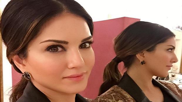 सनी लियोनी का 'मेगा बॉलीवुड नाइट' शो रद्द