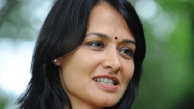 मलयालम फिल्म में वकील बनेंगी अमाला