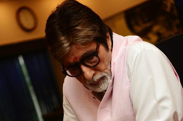 मेगास्टार अमिताभ बच्चन के घर पर लीजिए दावत का मजा!