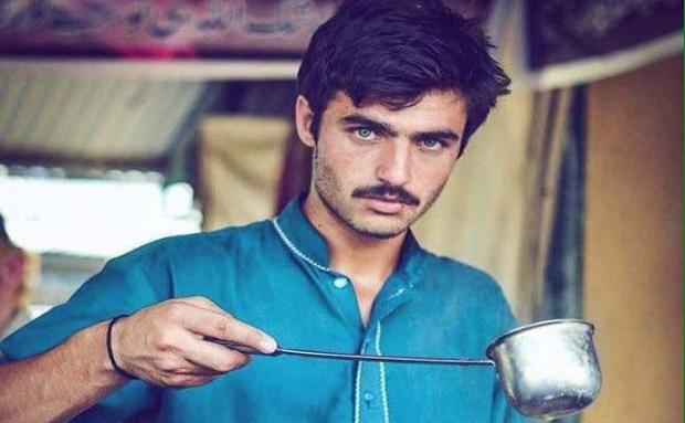 पाकिस्तानी चाय वाला युवक बना मॉडल, म्यूजिक वीडियो रिलीज