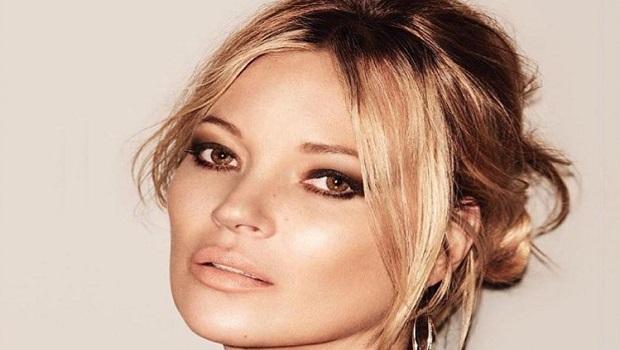 सुपर मॉडल केट मॉस की निजी तस्वीरें ऑनलाइन लीक