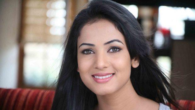 सोनल चौहान, तारा शर्मा ने 'मुंबई जूनियर्थन' का समर्थन किया