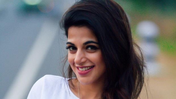 ऐश्वर्या मेनन के पास हैं कई तमिल फिल्मों के ऑफर, लेकिन…