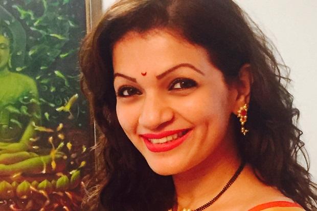 प्राची शाह पंड्या का खूबसूरत चेहरा बन रहा है दिक्कत!