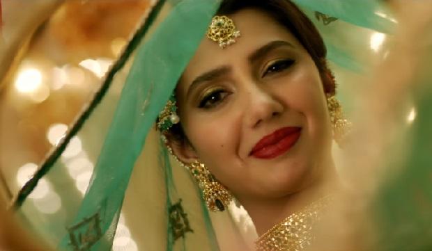 फिल्म रईस के नये गाने में माहिरा खान उड़ी उड़ी जाये