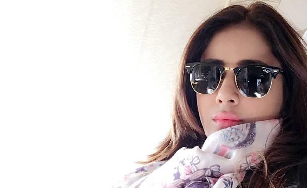 अभिनेत्री पारुल यादव ने शुरू की क्वीन रीमेक की शूटिंग
