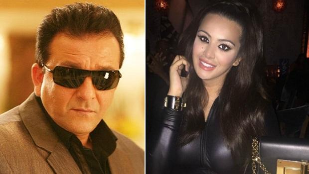 बेटी त्रिशाला के साथ लाइव चैट में संजय दत्त ने सुलगाई सिगरेट, क्यों?