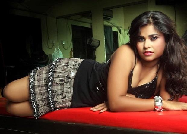 अभिनेत्री अंजलि श्रीवास्तव ने पंखे से लटक कर दी जान!