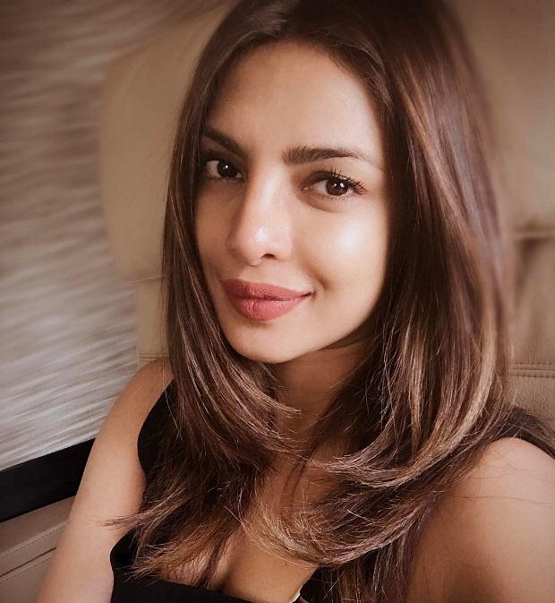 प्रियंका चोपड़ा की पोशाक से पीएम नरेंद्र मोदी को कोई दिक्कत नहीं!