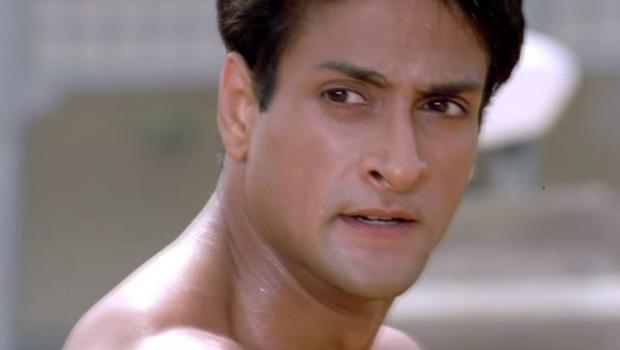 मासूम अभिनेता इंद्र कुमार का दिल का दौरा पड़ने से देहांत