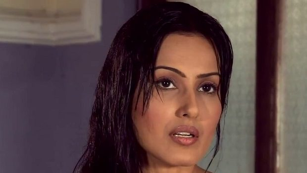 एकता कपूर की कैंपेन के लिए निर्वस्त्र हुई अभिनेत्री काम्या पंजाबी
