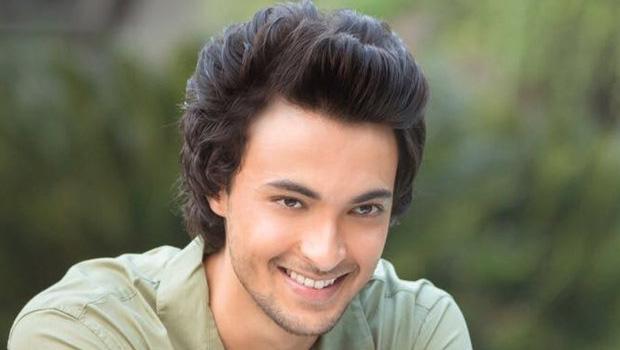 सलमान खान के जीजा जी आयुष शर्मा अगले साल दिखेंगे सिल्वर स्क्रीन पर
