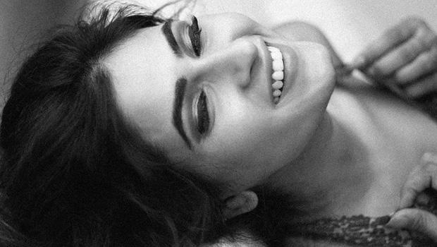 करिश्मा शर्मा ने दिया बोल्ड बयान, कहा, मैं ऐसे सीन भी बड़े आराम से करने को तैयार हूं