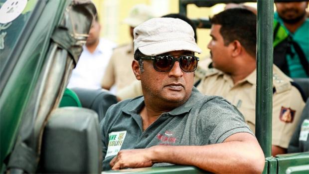 प्रकाश राज ने भाजपा सांसद को भेजा कानूनी नोटिस, लगाया परेशान करने का आरोप
