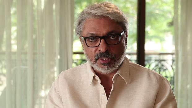 संजय लीला भंसाली की पद्मावत के लिए अक्षय कुमार ने बदली पैडमैन की रिलीज डेट!