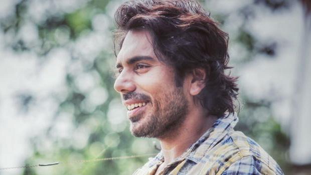 नयी रामायण का हनुमान उर्फ अभिनेता विक्रम शर्मा असली लाइफ में कुछ ऐसा दिखता है