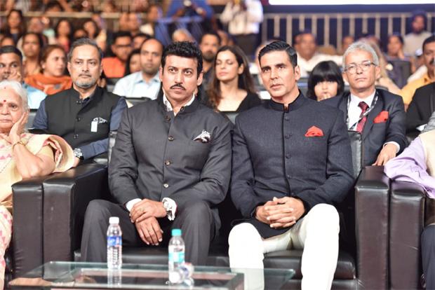 केंद्रीय मंत्री राज्यवर्धन सिंह राठौड़ ने की अक्षय कुमार के साथ रू-ब-रू वार्ता